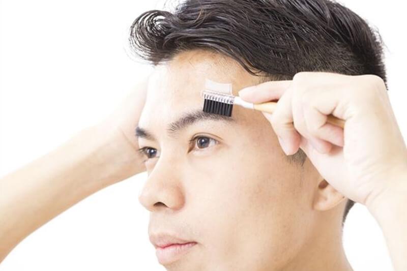 男性の眉毛の整え方!何を使った手入れがおすすめ?