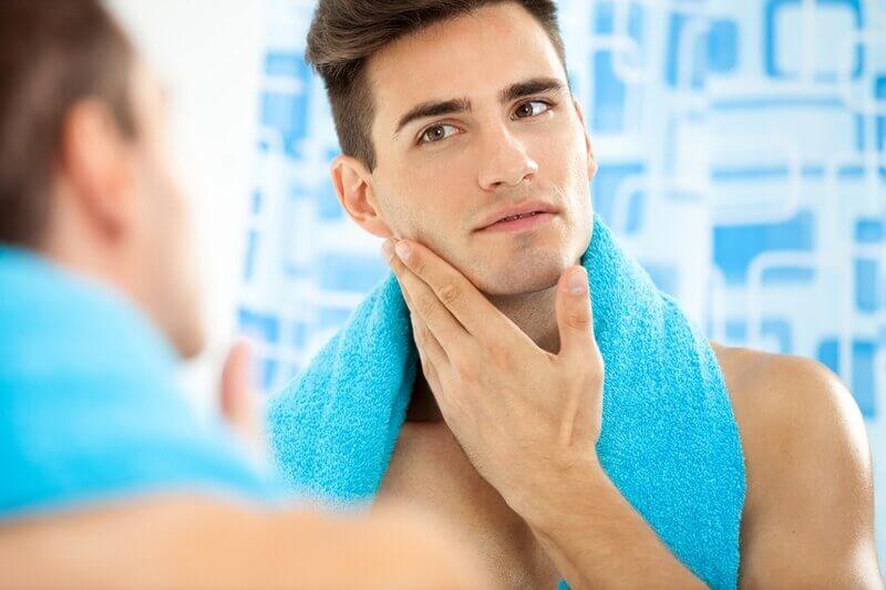 髭の剃り方